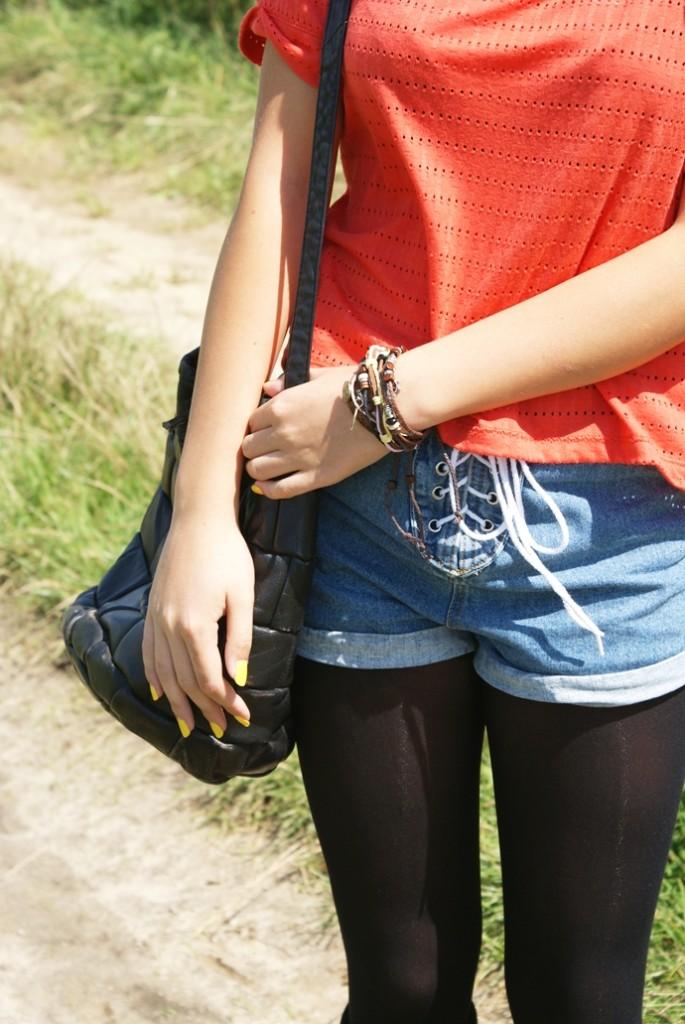 wiązane jeansowe szorty