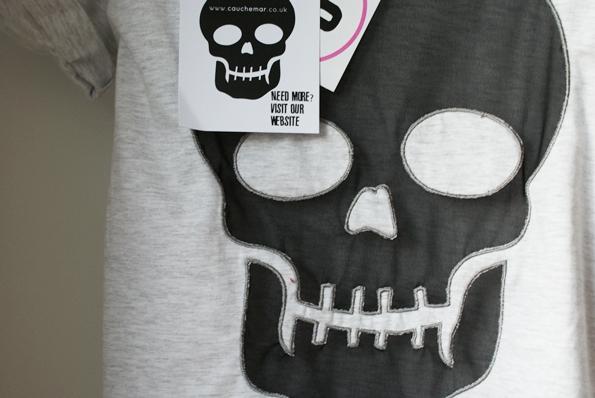 bluzka z czaszką