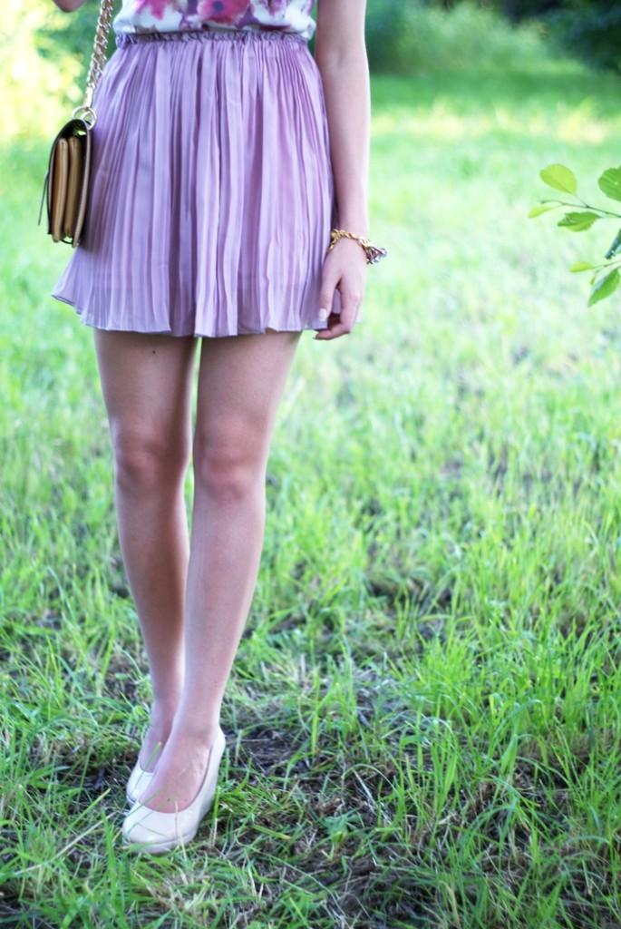 liliowa plisowana spódnica