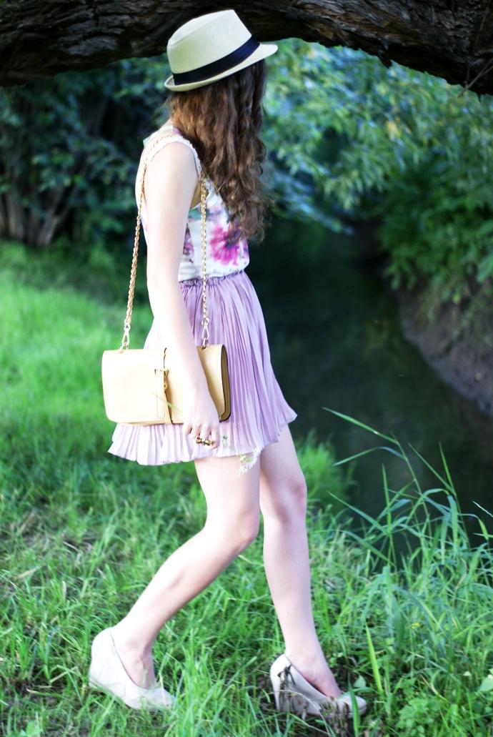Liliowa, plisowana spódnica
