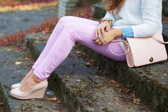 kolorowe spodnie pudrowy róż