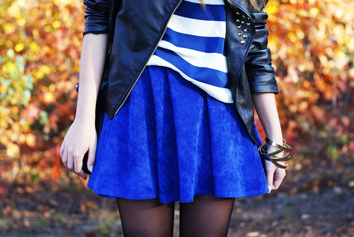 navy romwe skirt