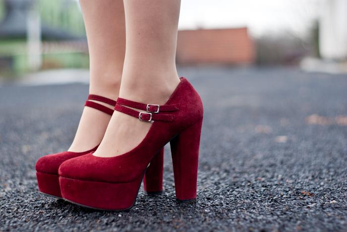 maroon heels sheinside