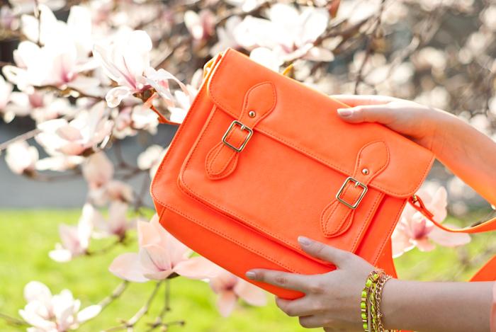 neonowa pomarańczowa torebka