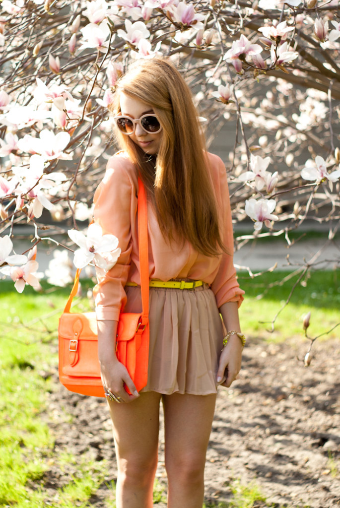 Pastels & neons