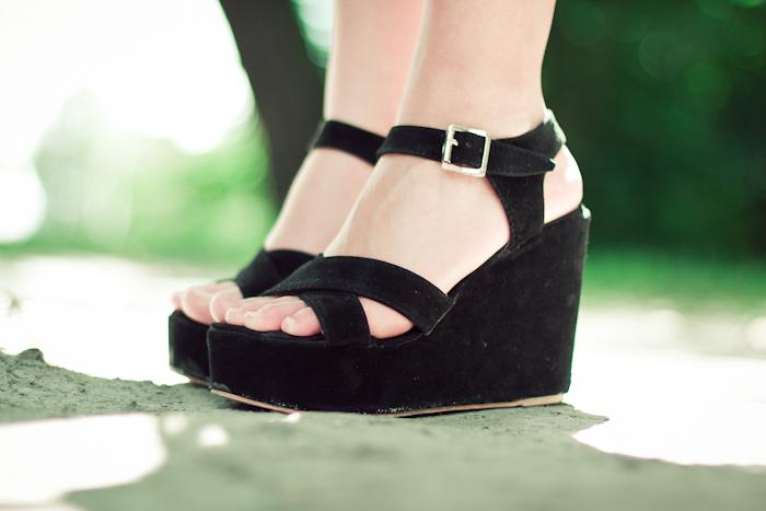 czarne sandały na lato