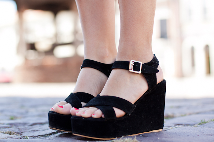 wedge-sandals