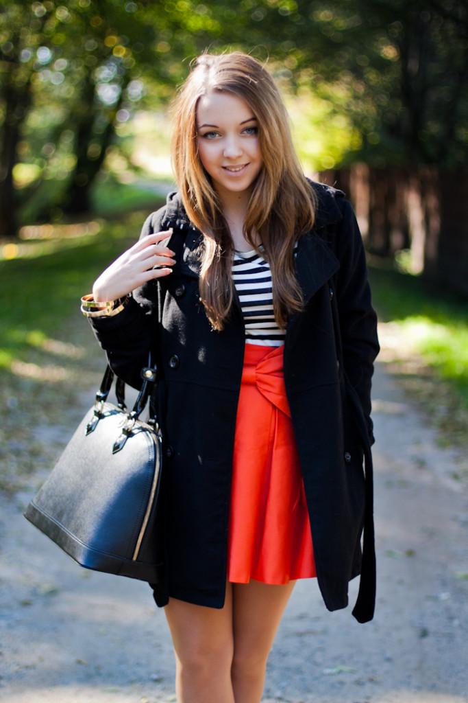orange skirt with bow