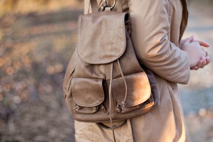skórzany brązowy plecak