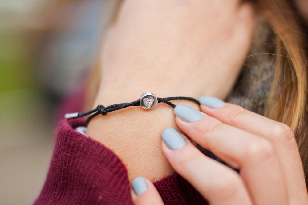 YES bracelet bransoletka