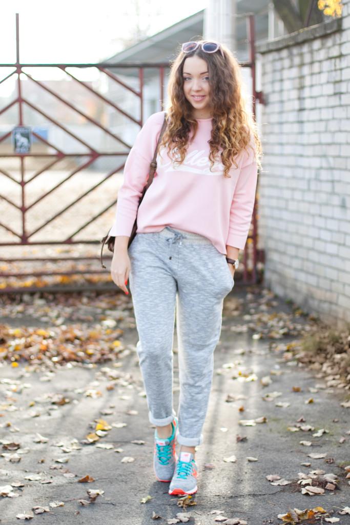 PasteLOVE sportowa, pastelowa stylizacja buty new balance