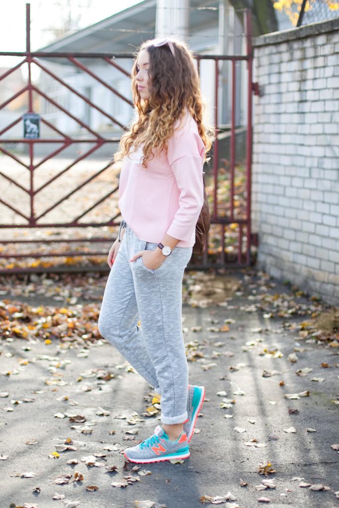 sportowa, pastelowa stylizacja buty new balance