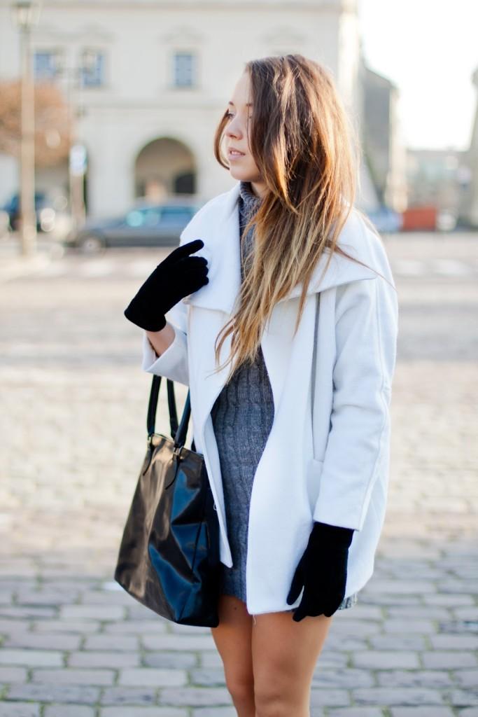 Knitted turtleneck dress AX PARIS