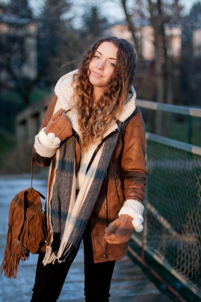 plecak z frędzlami boho hippie