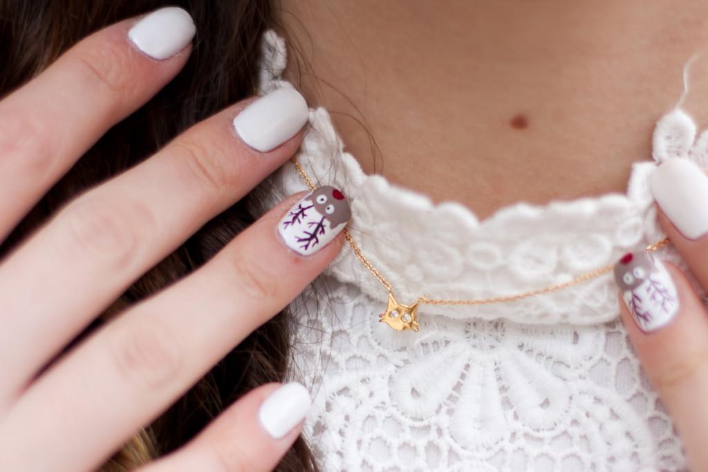 paznokcie świąteczne z reniferem