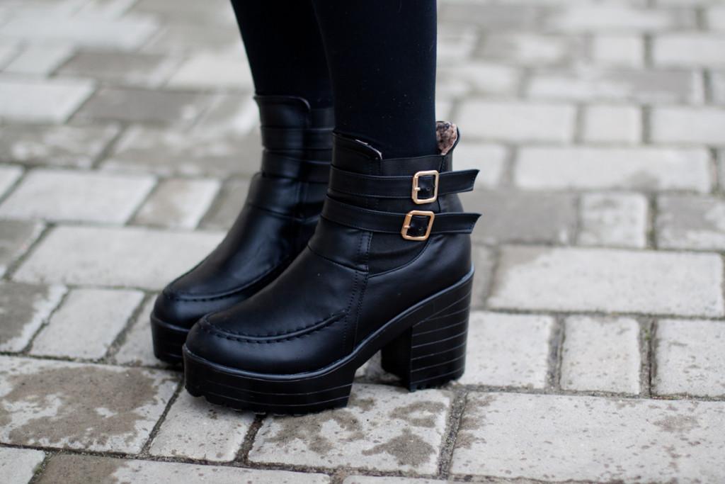 black boots chicwish