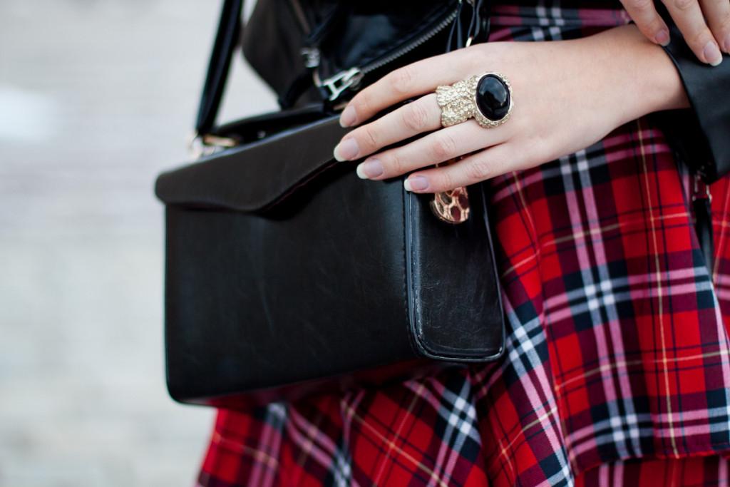czarna torebka dressve