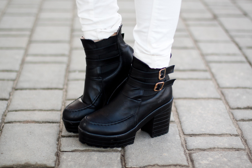 black chicwish boots