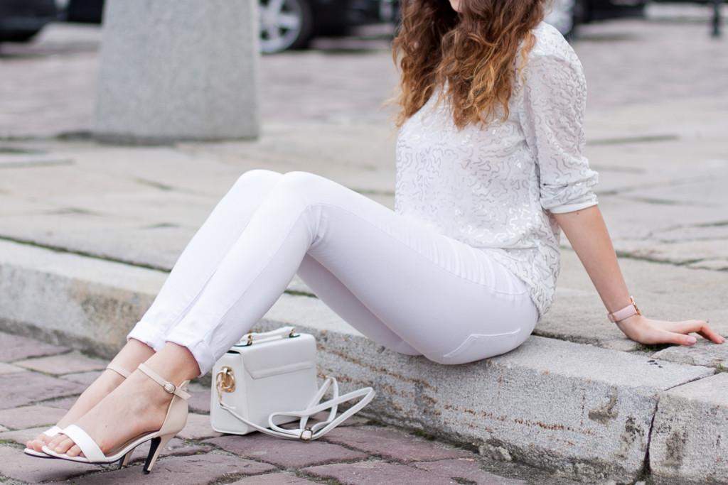 biała stylizacja z czym nosić biel