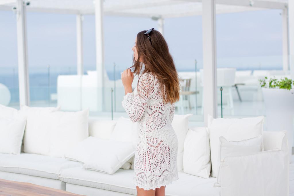 szydełkowa biała sukienka h&m festiwal