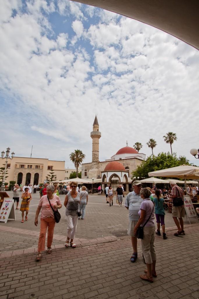 Eleftherias Square market z lokalną żywnością kos