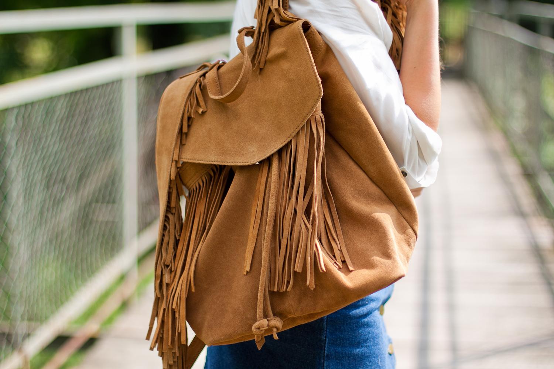 Plecak z frędzlami