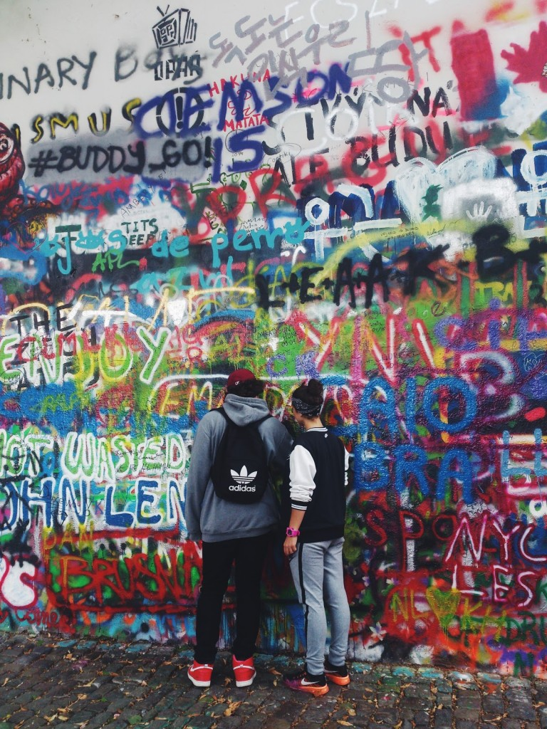 Ściana Johna Lennona Praga