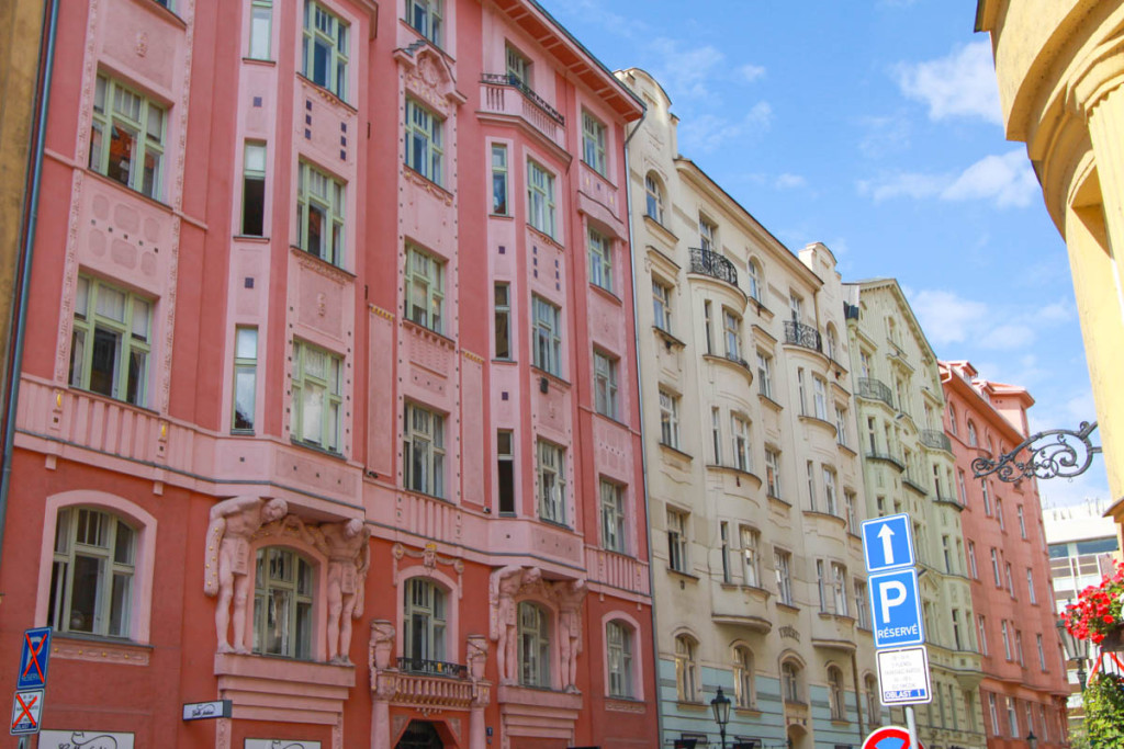 budynki w Pradze