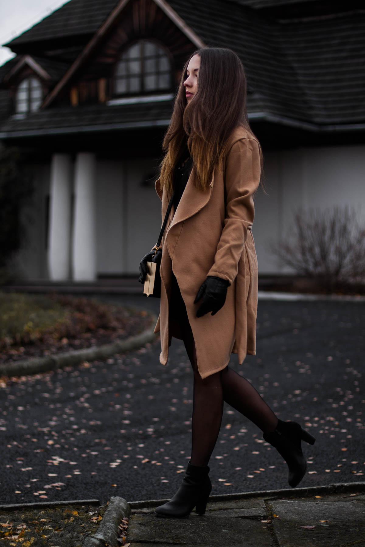 płaszcz-karmelowy