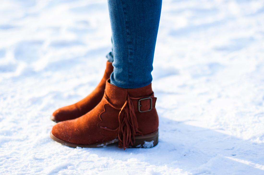 botki z frędzlami na zimę deezee