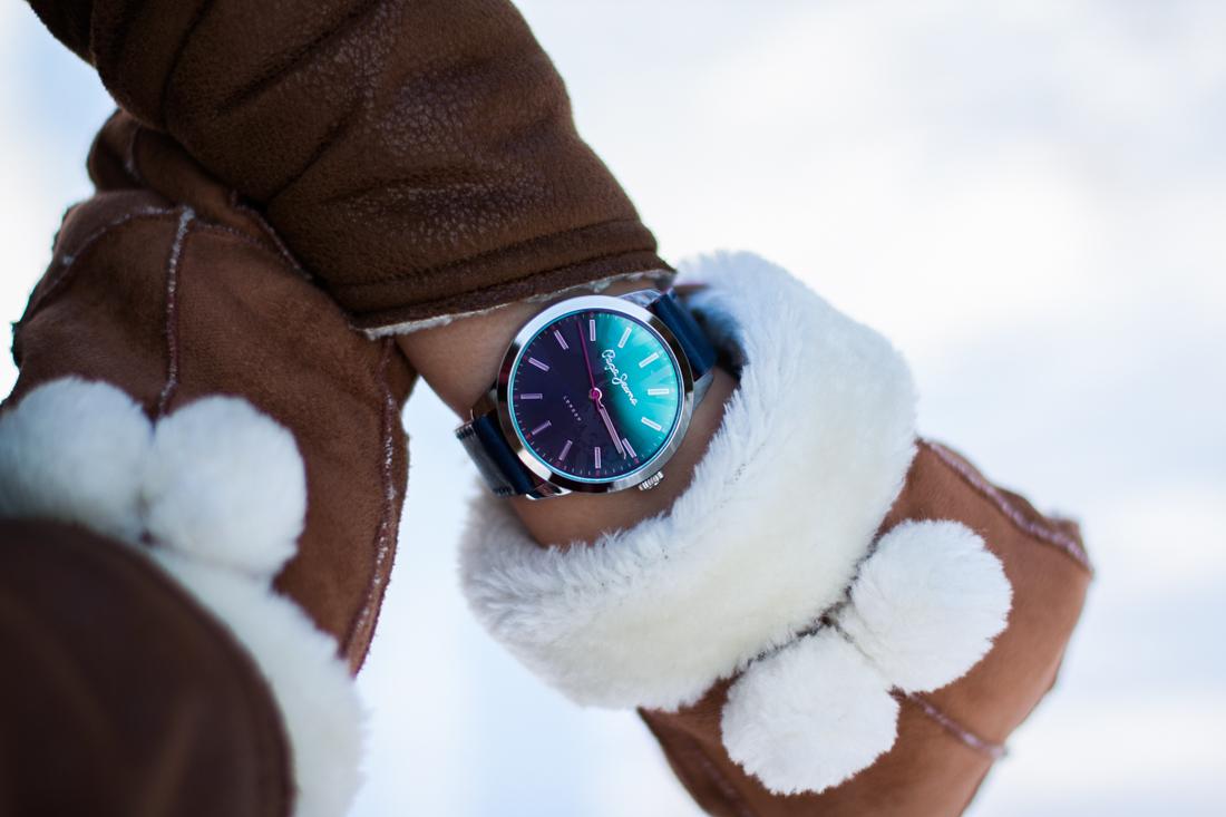 granatowy zegarek pepe jeans