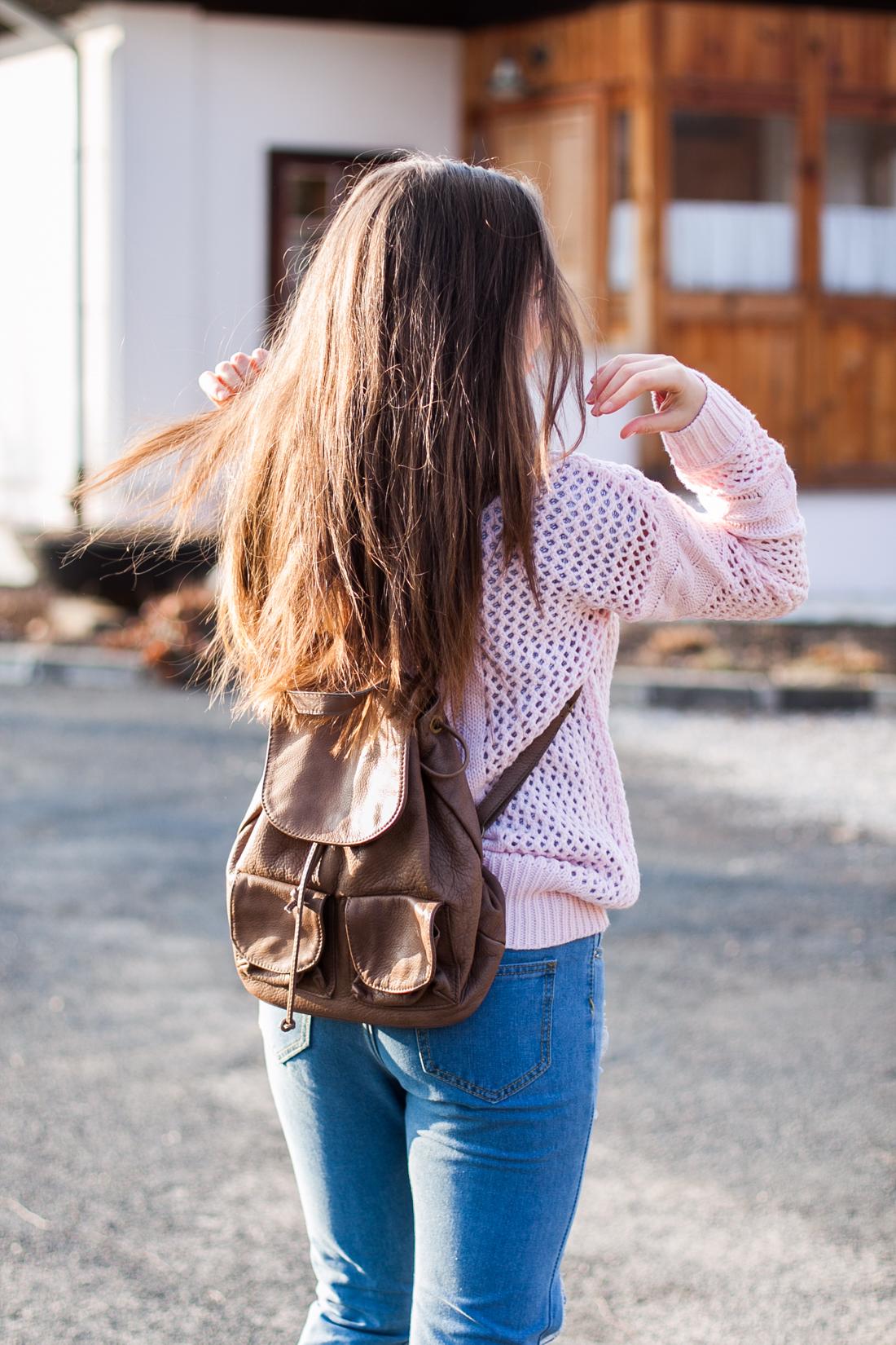skórzany brązowy plecak stylizacja