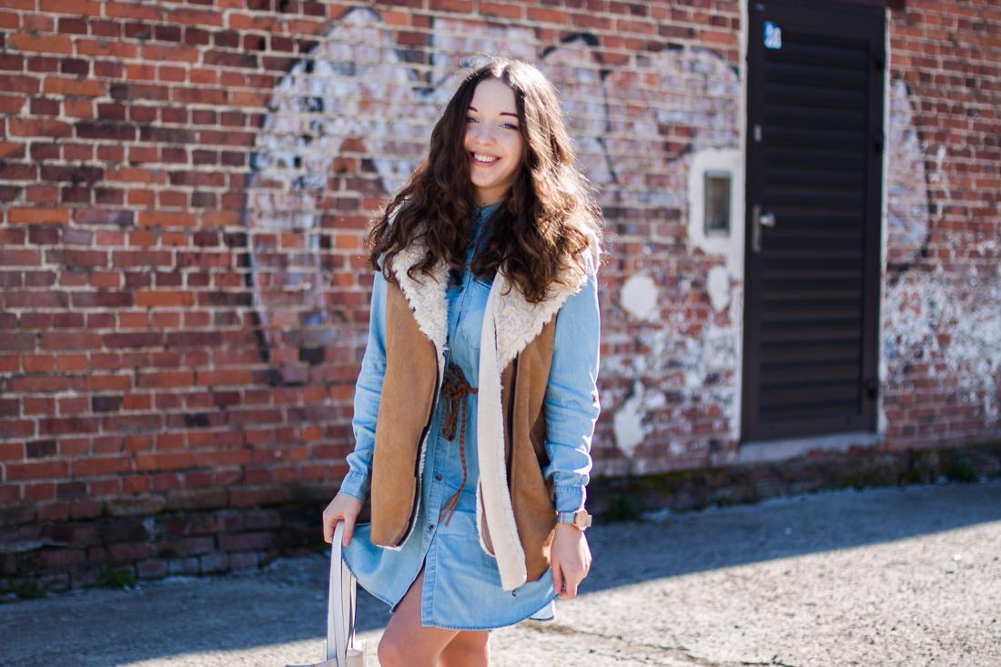 jeansowa sukienka koszulowa medicine