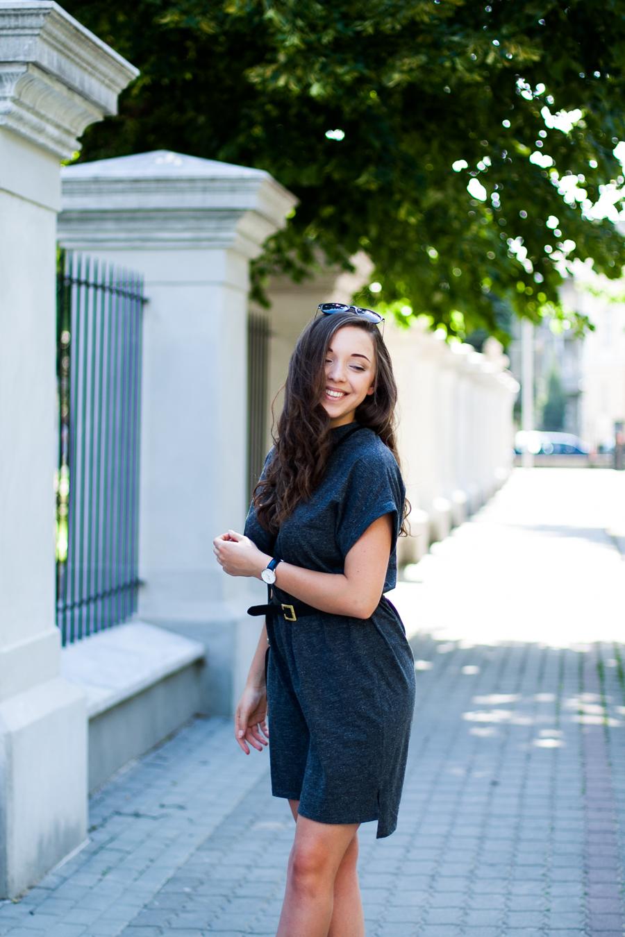 t-shirtowa casualowa sukienka adpt. stylizacja