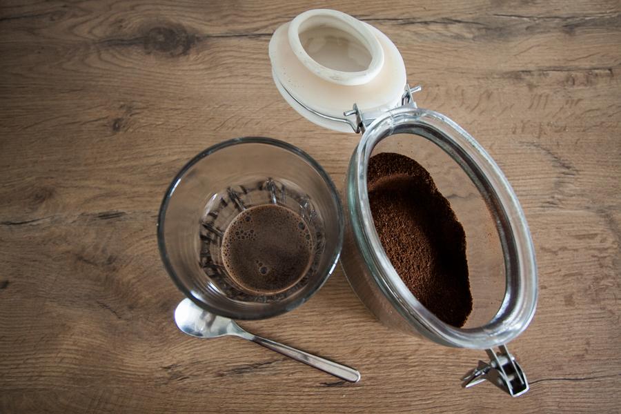 Jak zrobić kawę mrożoną i frappe Przepisy na kawę mrożoną