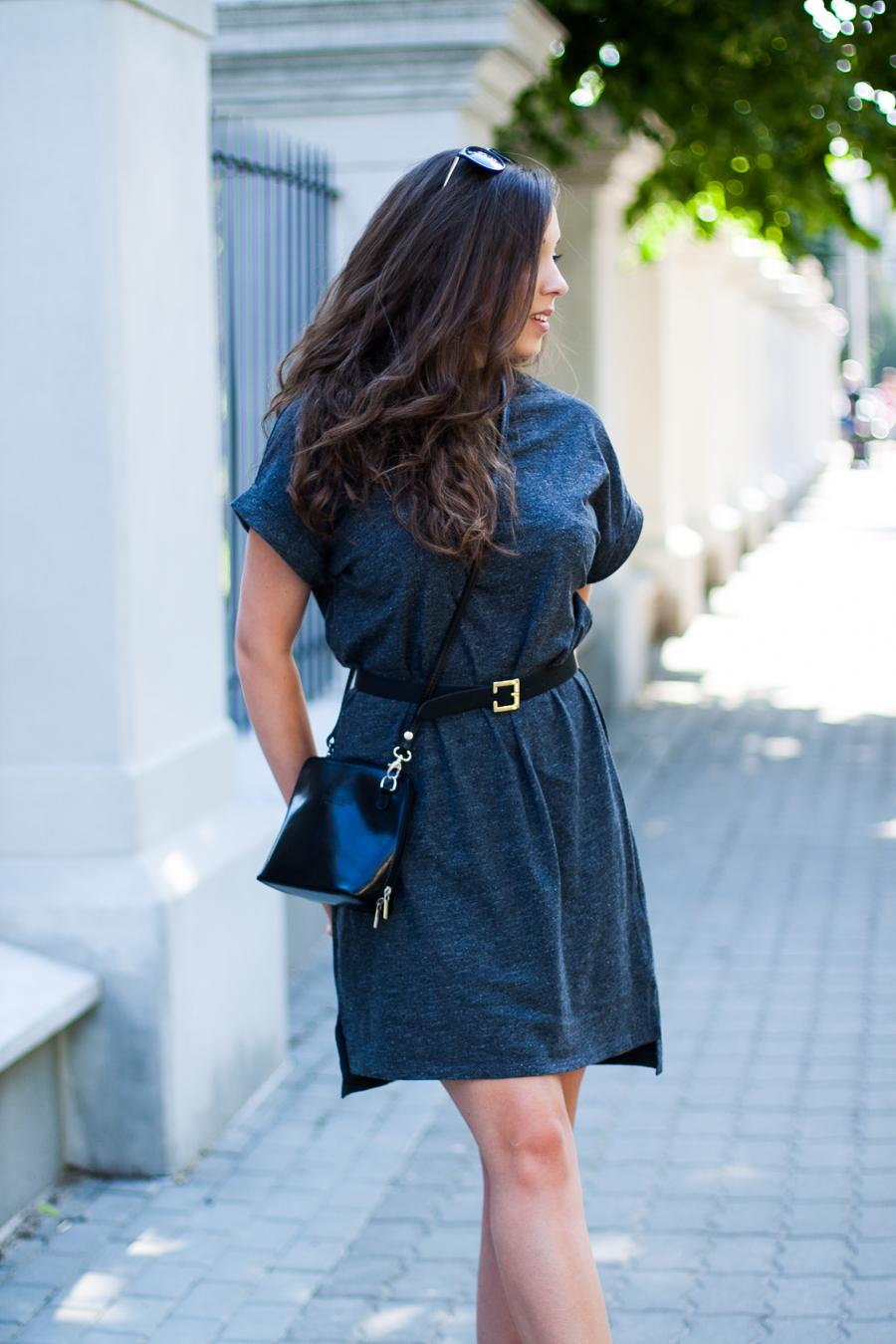 t-shirtowa sukienka adpt. stylizacja