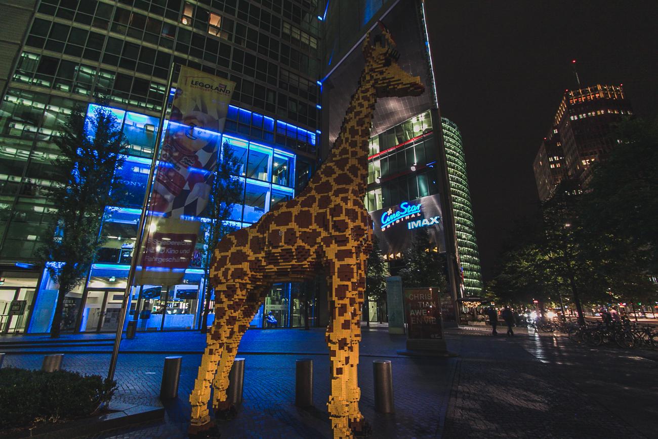 żyrafa z klocków lego