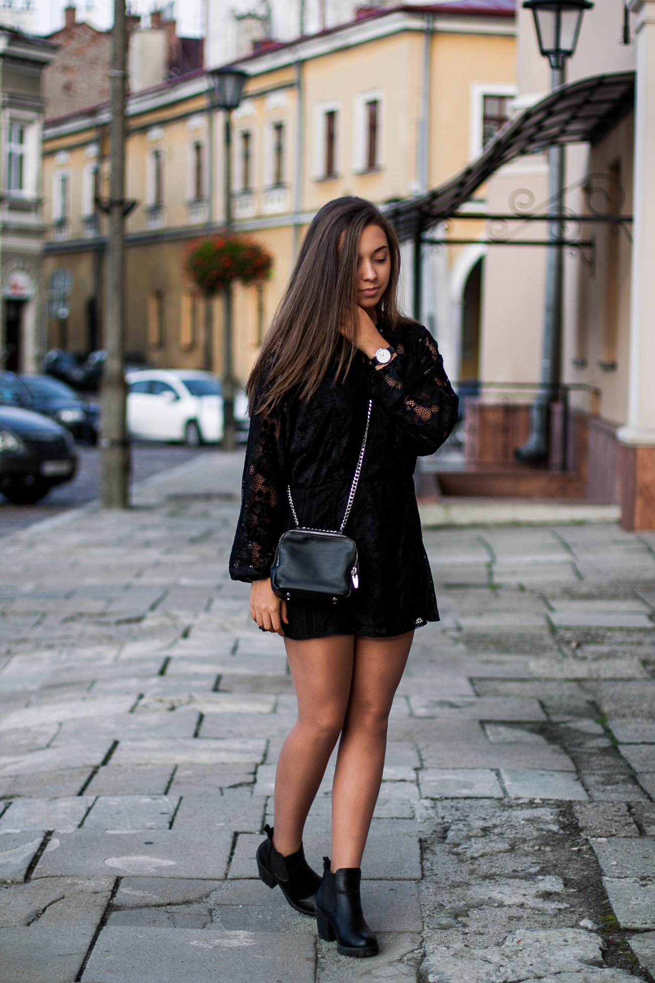 koronkowa sukienka jesienna stylizacja blog
