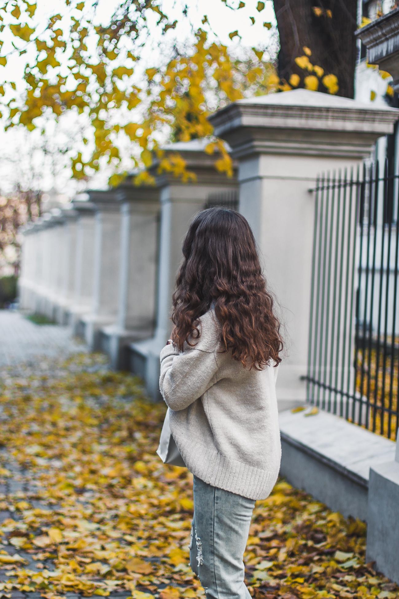 sweter aktylowy zara stylizacja