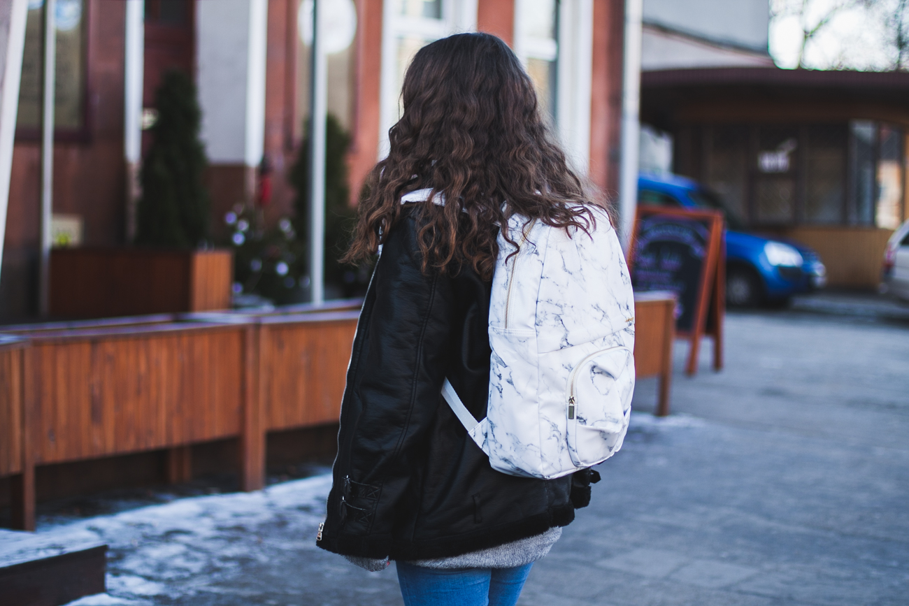 Marmurkowy plecak oribagu