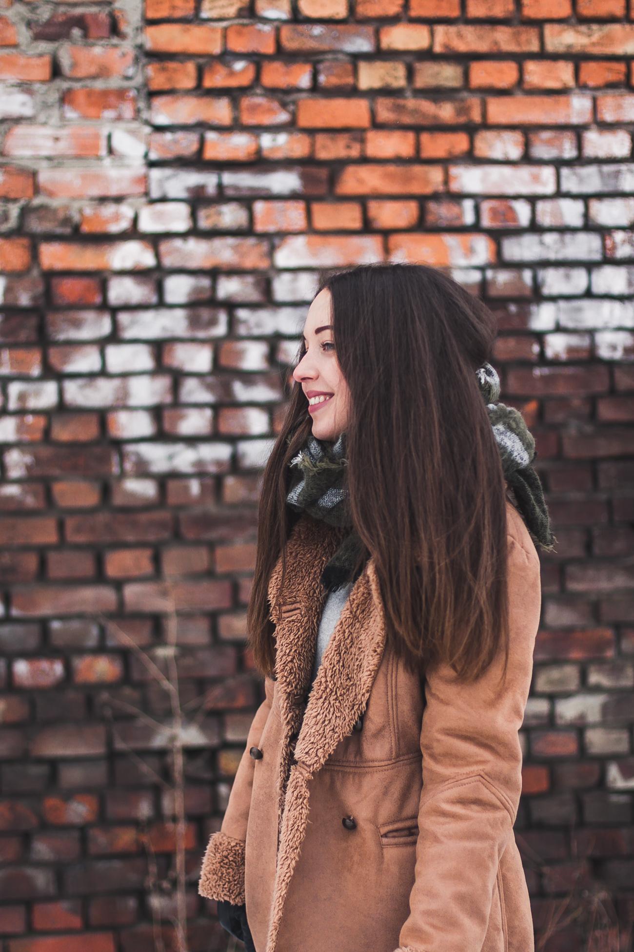 Bershka płaszcz zimowy