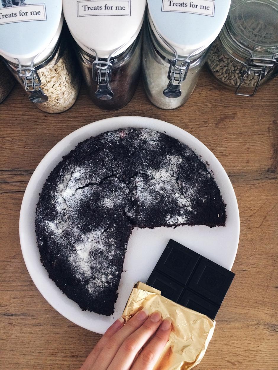 Fit brownie ciasto czekoladowe z buraków dietetyczne
