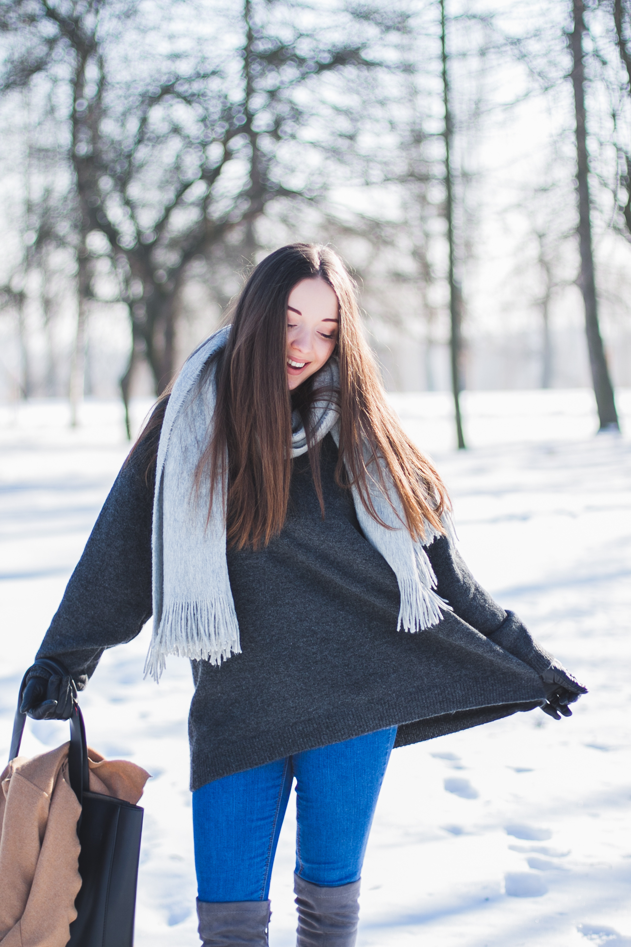 szary-sweter-zara
