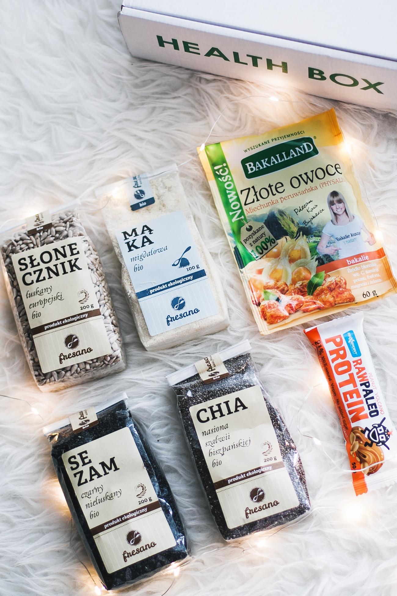 Health box pudełko ze zdrową żywnością raw paleo bar