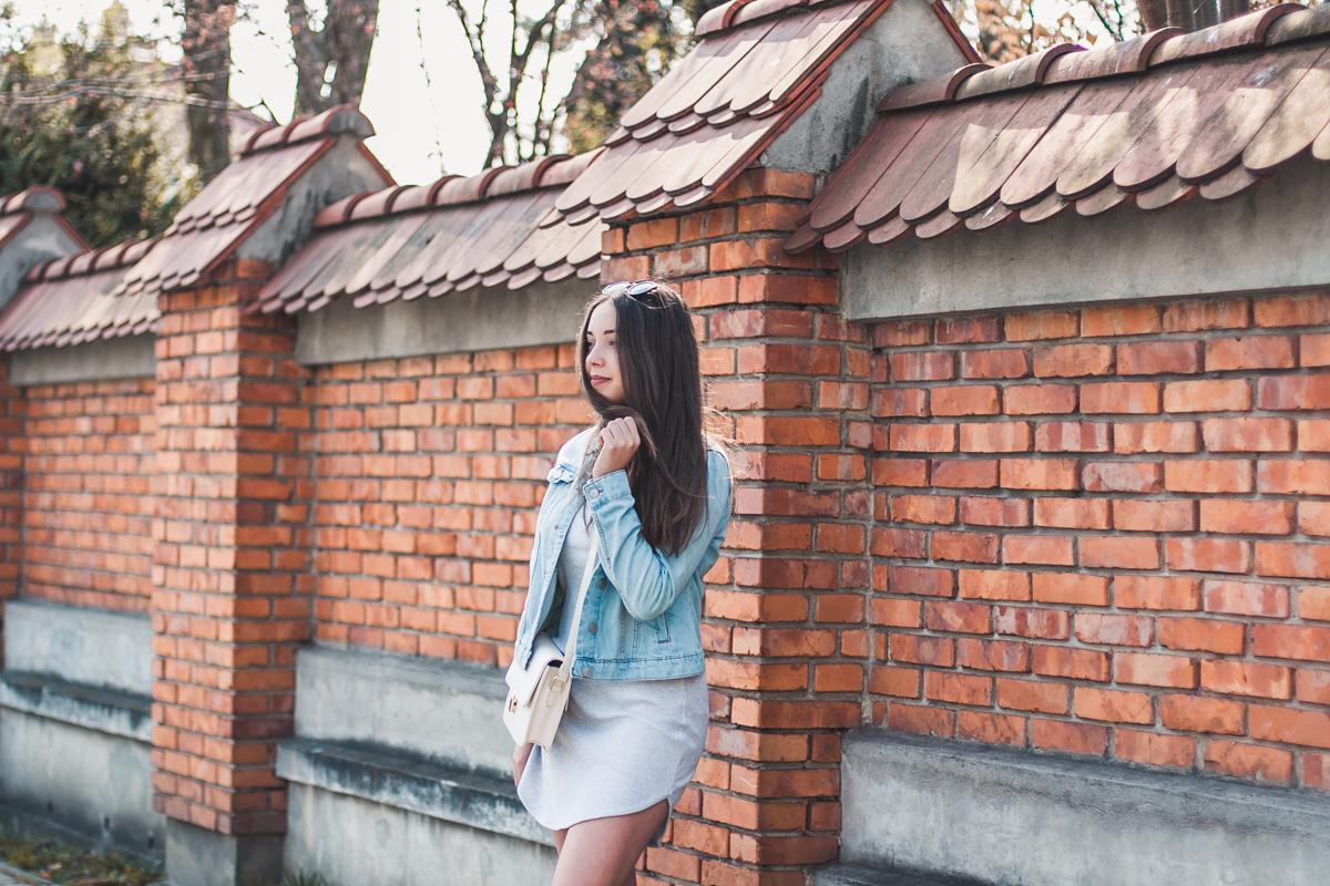 Jak nosić jeansową kurtkę? stylizacja blog