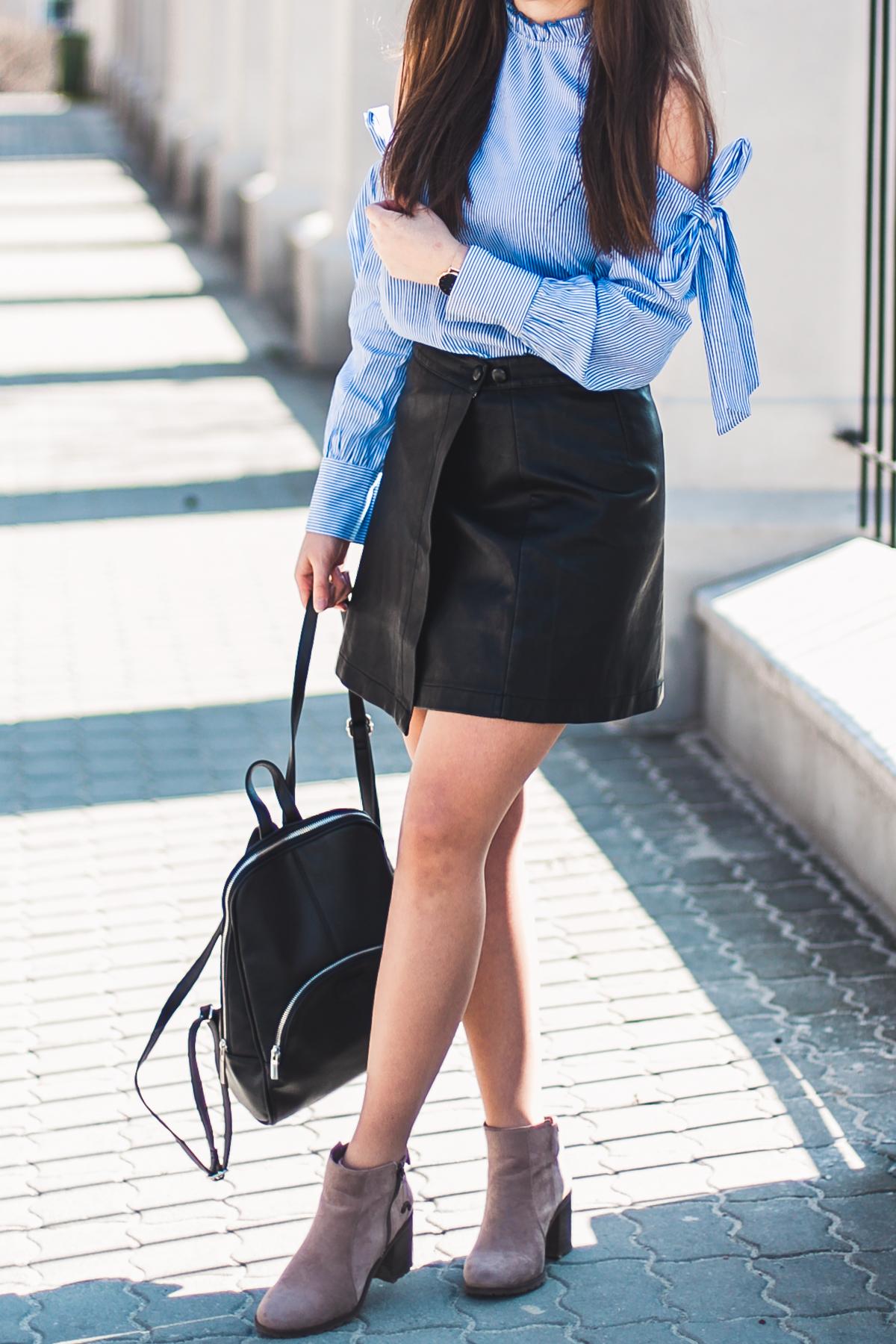niebieska koszula damska z czym nosić