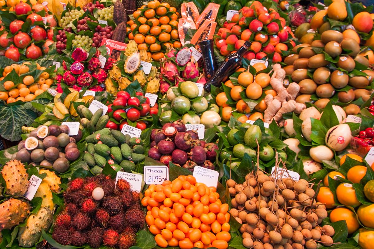 La Boqueria barcelona owoce