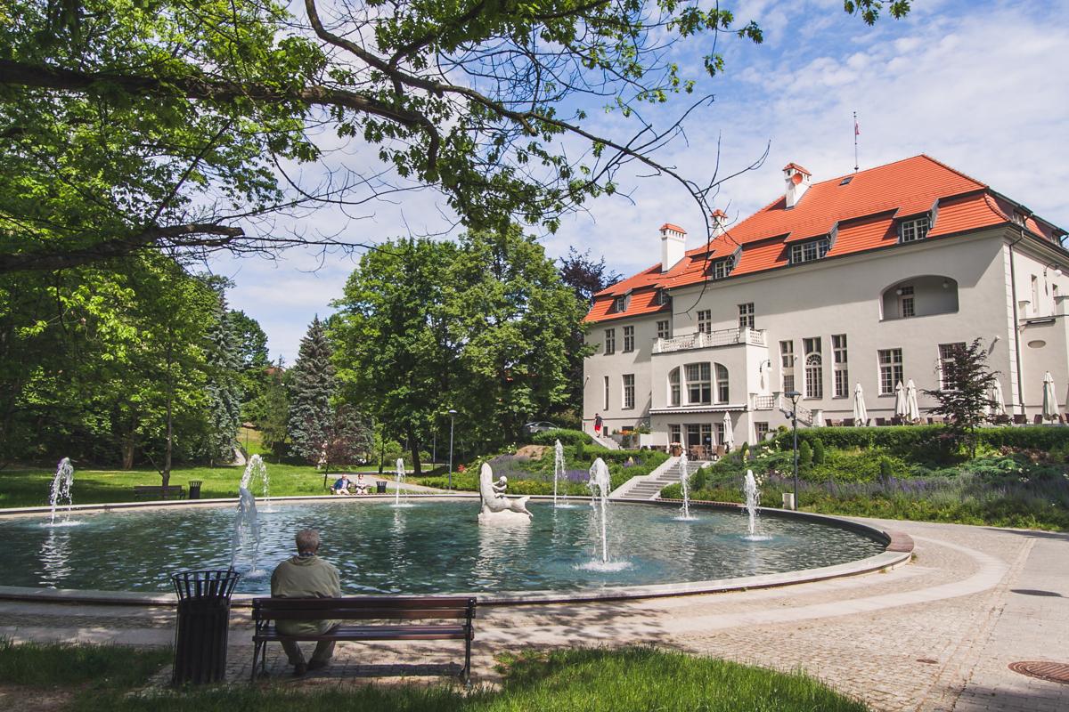 park przy zamku w olsztynie