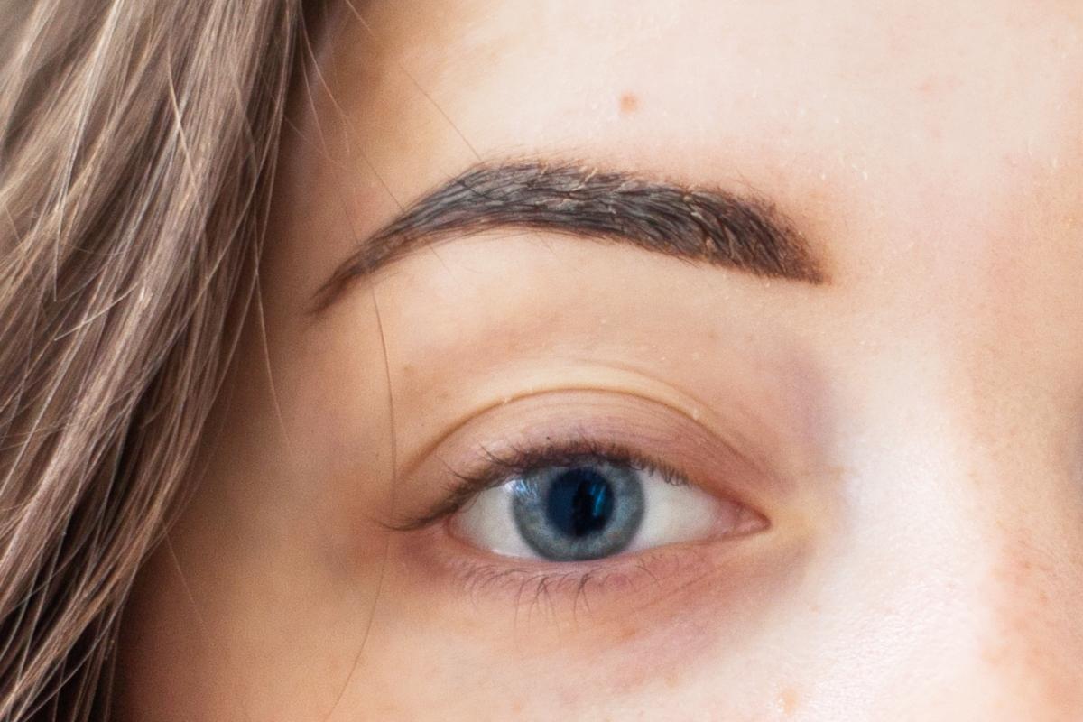 strupki po makijażu permanentnym