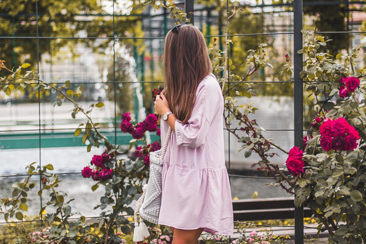 różowa pastelowa sukienka blog modowy